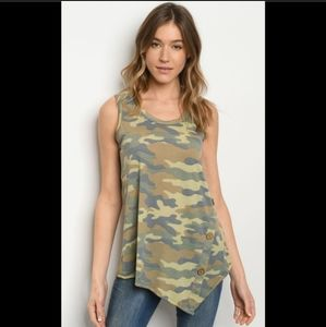 Must have camo top wth button detail